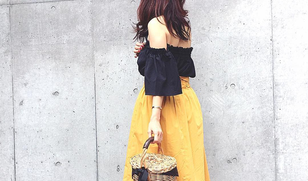 春のコーデは、きれい色のカラースカートで華やかにフェミニンに!