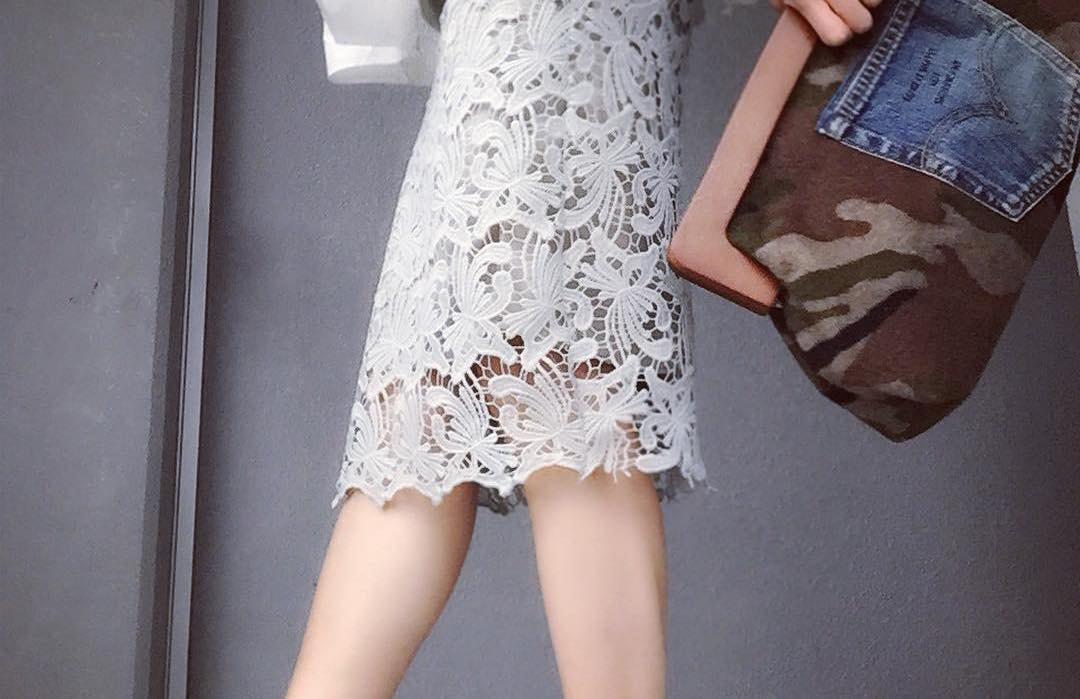 ラグジュアリーさがキーポイント。レースタイトスカートで色気のあるとっておきコーデ