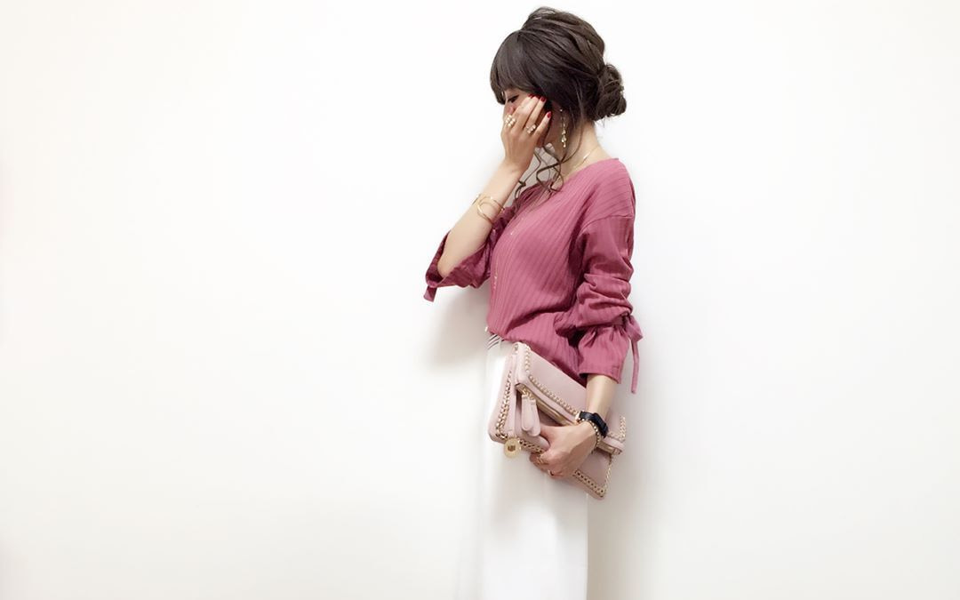 大人のモテファッションにはトレンド感溢れる大人フェミニンがオススメ!