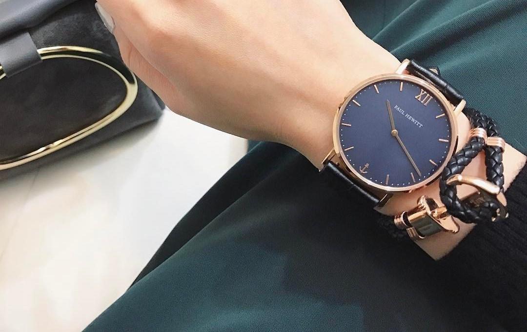腕時計だって手を抜かない!色や形をチェンジして自分好みのオシャレを楽しもう!