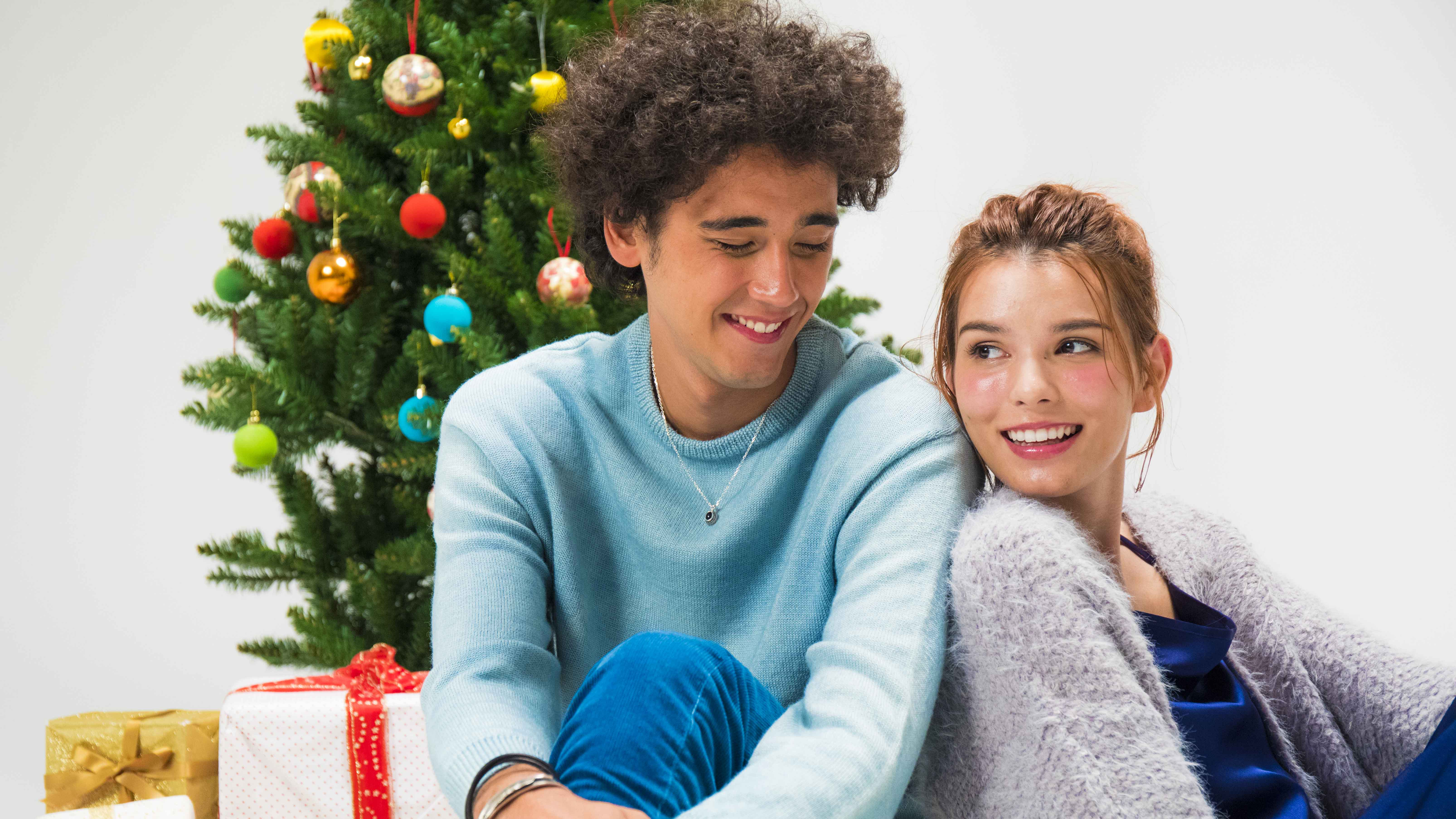 クリスマスには、彼にジュエリーを贈ろう!
