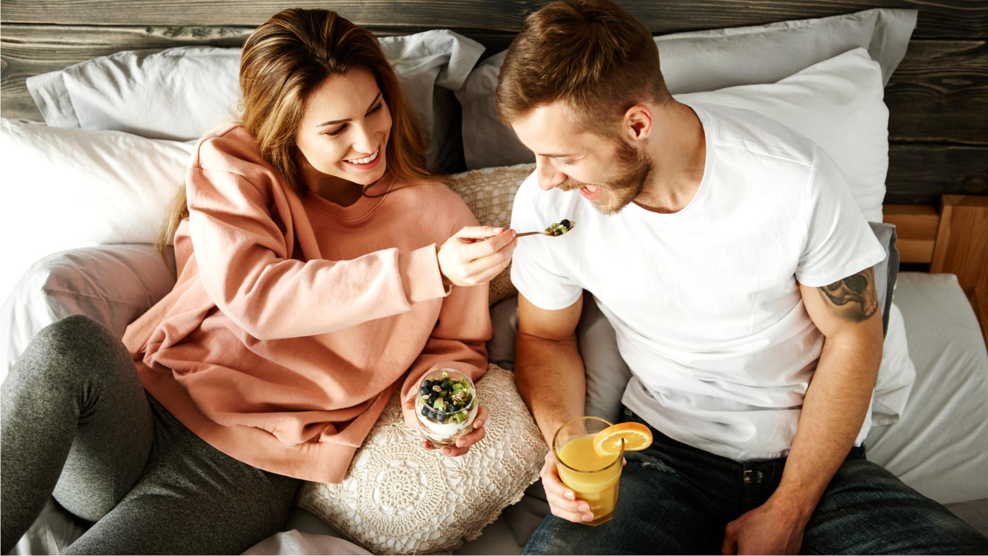 イタすぎ…彼氏ができて「友達がいなくなる」女の特徴5つ