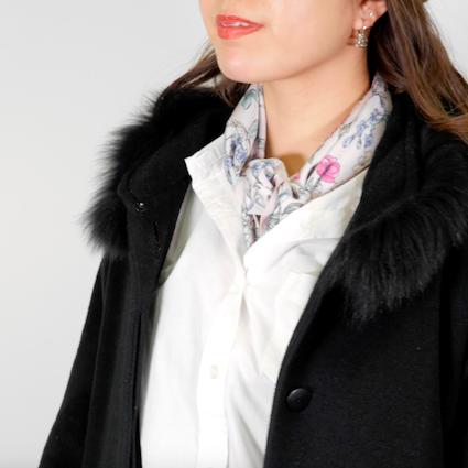 【DIY】シャツスタイルに合うスカーフの結び方Vol.1