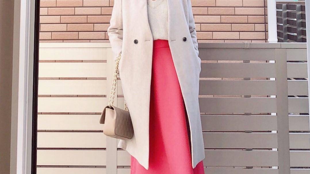 ピンクが◎華やかに仕上がるカラースカートで旬コーデ