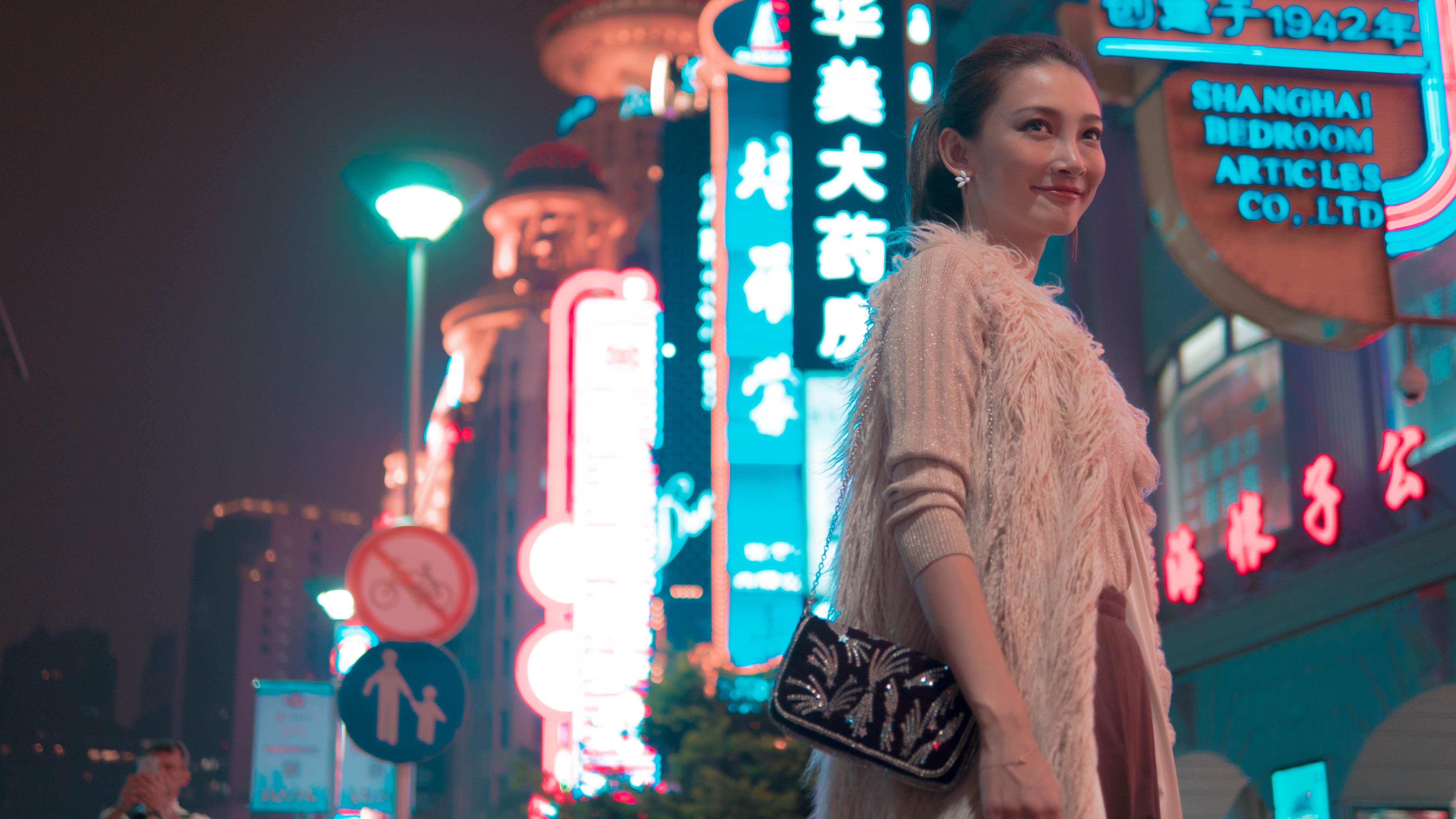 夜遊びにぴったりのファーベストで旅の気分を盛り上げて【上海・南京路編】