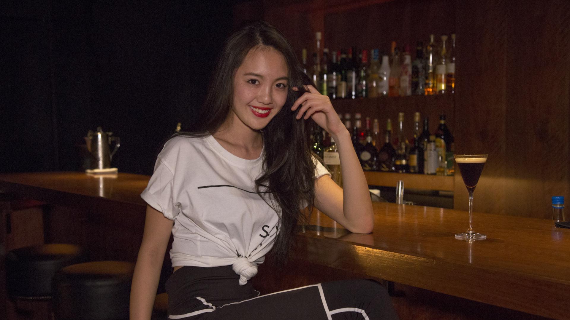 酒と街とマスターと女vol.17/暖炉でくつろぐ【渋谷】Bar VALLEY
