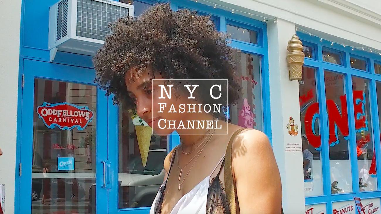 【NY】センシュアルな肌見せスタイルはモノトーンで着こなす