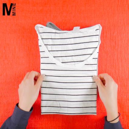 【DIY】サイズの違うトップスを綺麗に畳む方法