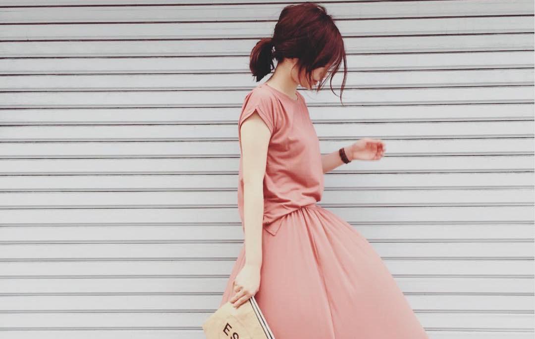 着心地の良い服で上品な女性に魅せる!厳選素材&コーデ術