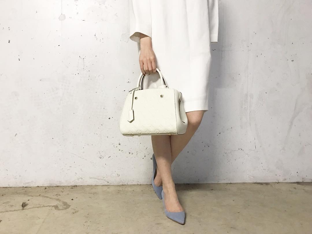 鞄好きなら、やっぱりレザーバッグでしょ!春夏コーデを重く見せない上手な合わせ方大研究