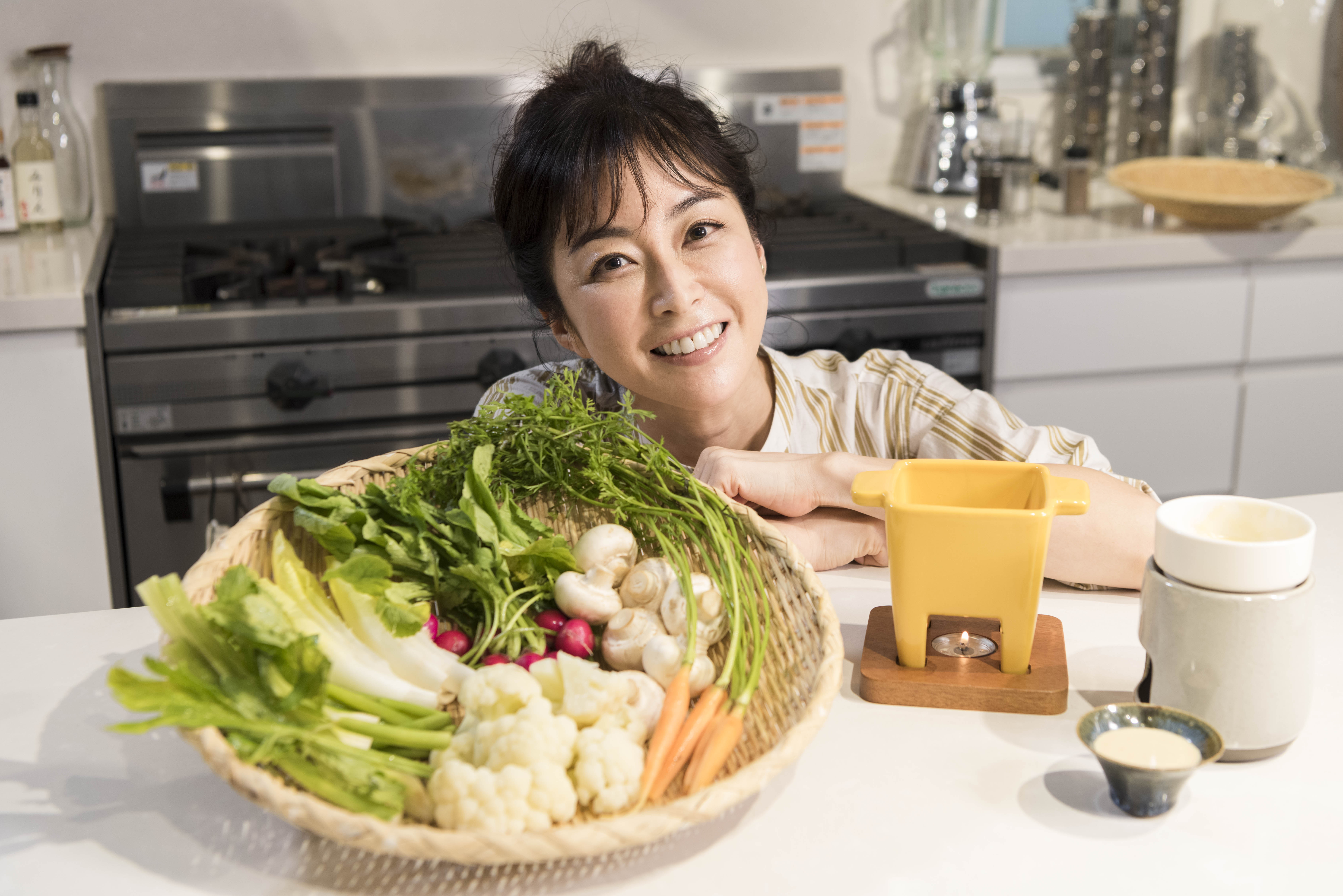 野菜不足解消!3種の手作りソースで楽しむ、鮮やかバーニャカウダ【Mio's cooking】