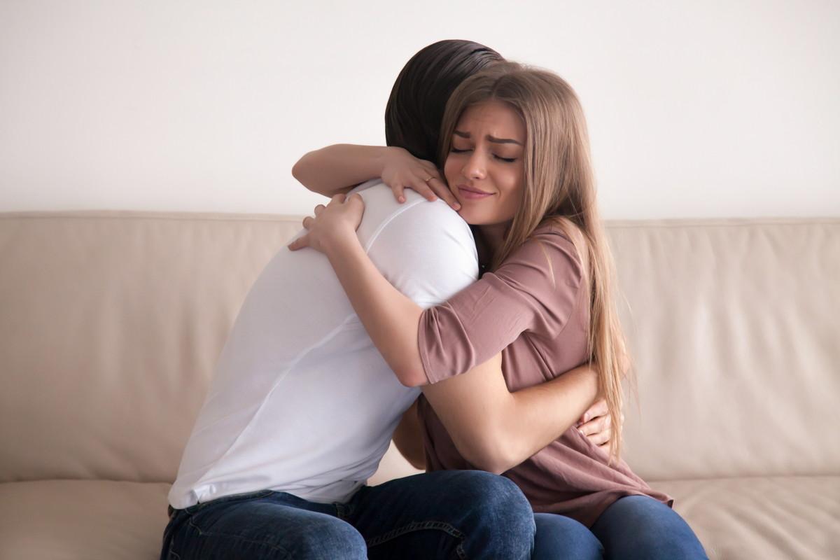 彼氏を怒らせた場合のベストな仲直り方法や無視された場合の対処法は?