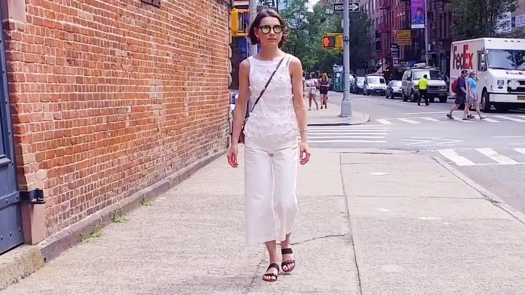おしゃれニューヨーカーを発見!この夏のオールホワイトはどう着こなす?
