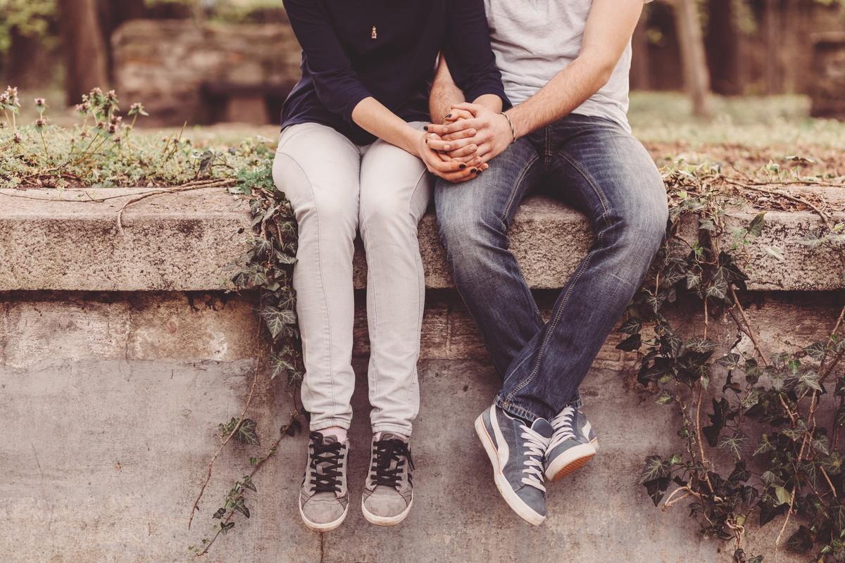 彼氏が泣く場合の心理とベストな対処方法は?関係を続けるためのポイントを紹介