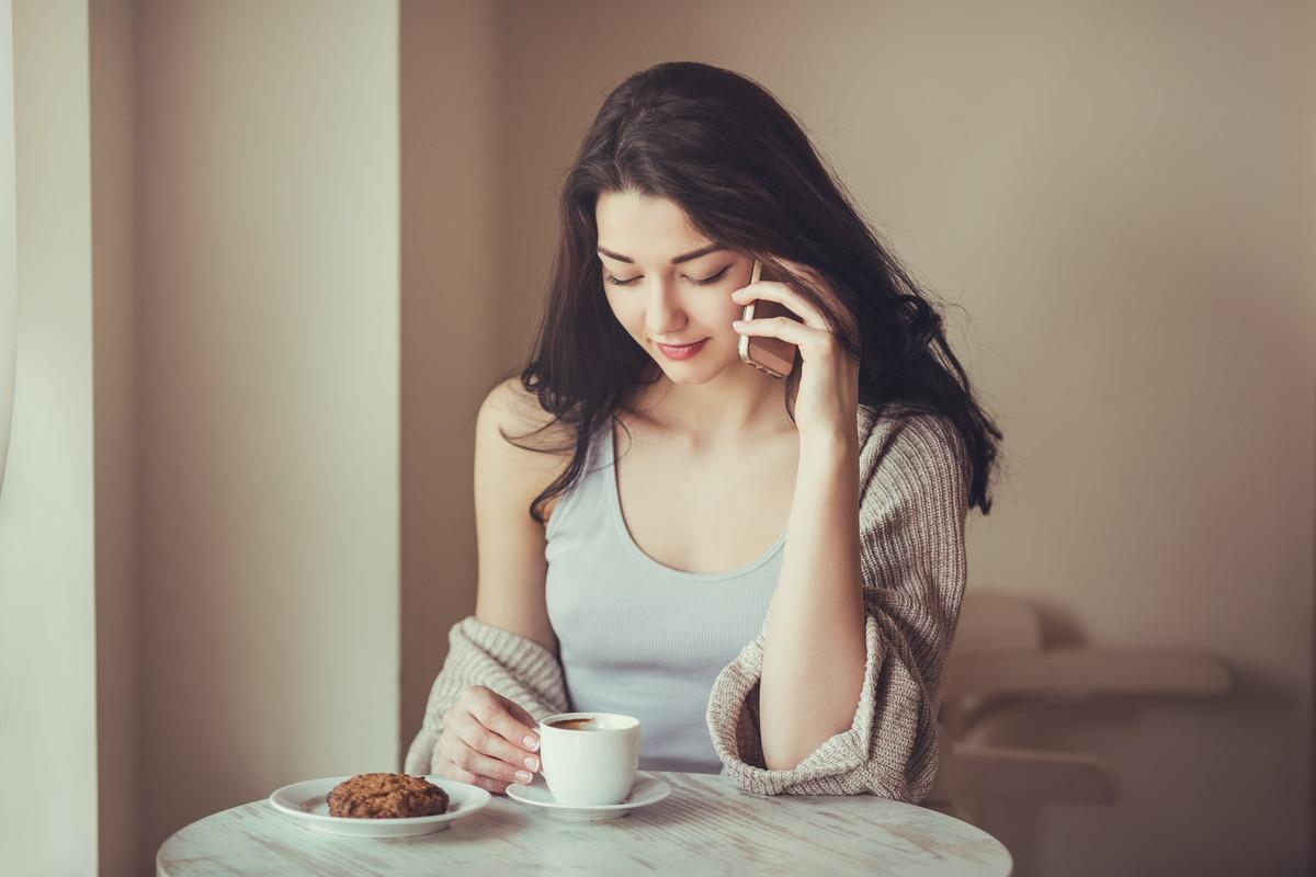 女性からデートに誘うのはアリ?ベストな誘い方やタイミングを紹介