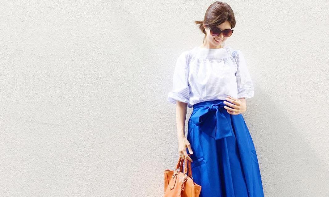 真夏のフレアスカートはこう合わせる!涼しげ&おしゃれを叶えるスタイリング