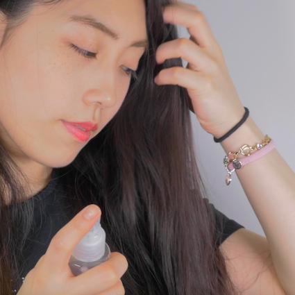 【DIY】あるものを混ぜるだけ!お気に入りの香水でヘアコロンをDIY!