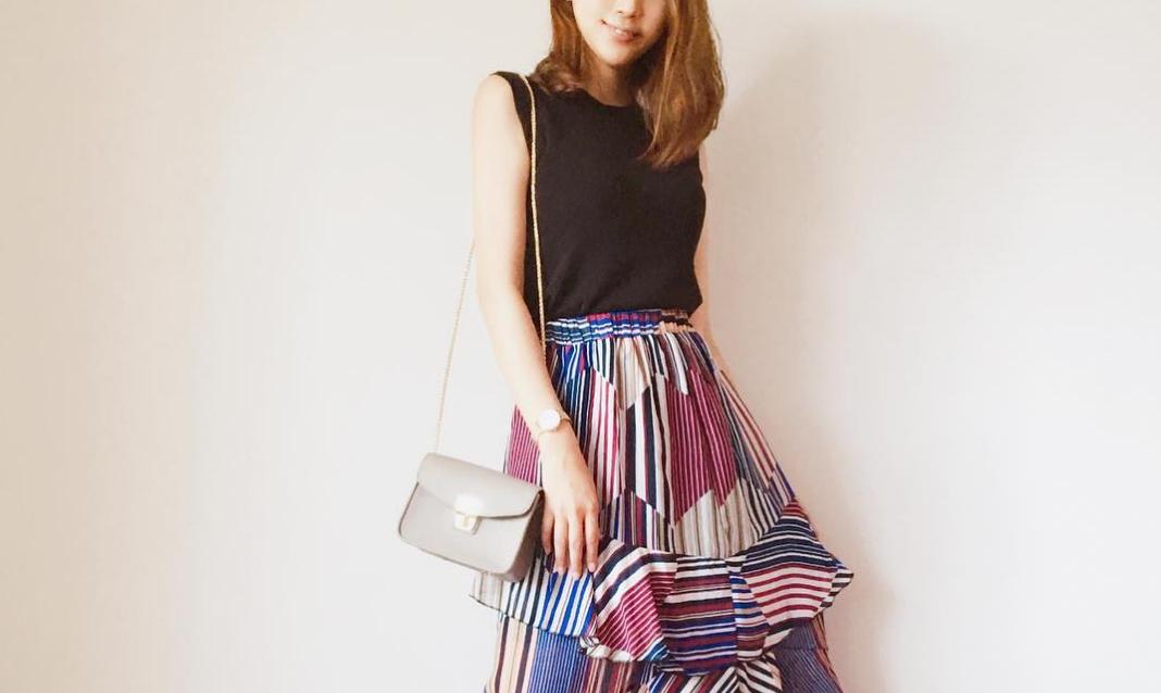 程よい透け感が魅力!シフォンスカートで極めるきれいめコーデ