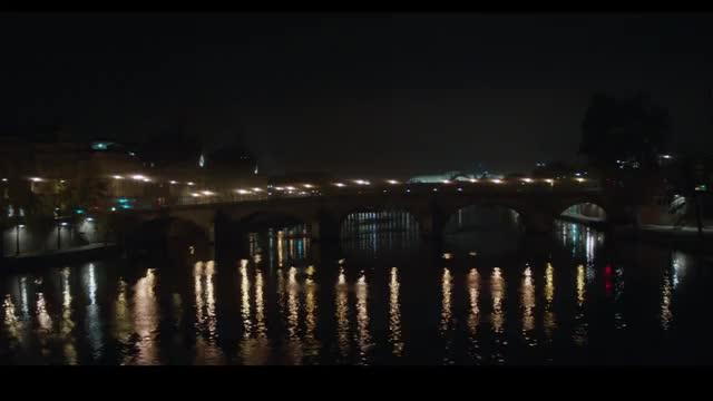 AG STARRING ALEXA CHUNG「When in Paris」